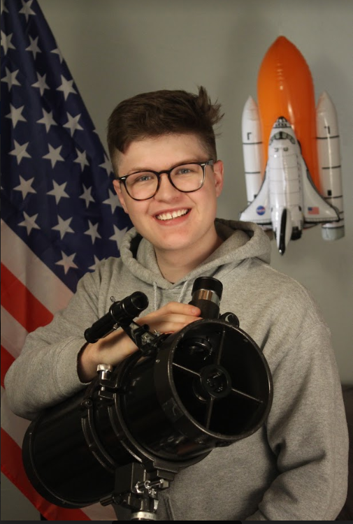 Alumnus excels in science, aspires to be astronaut